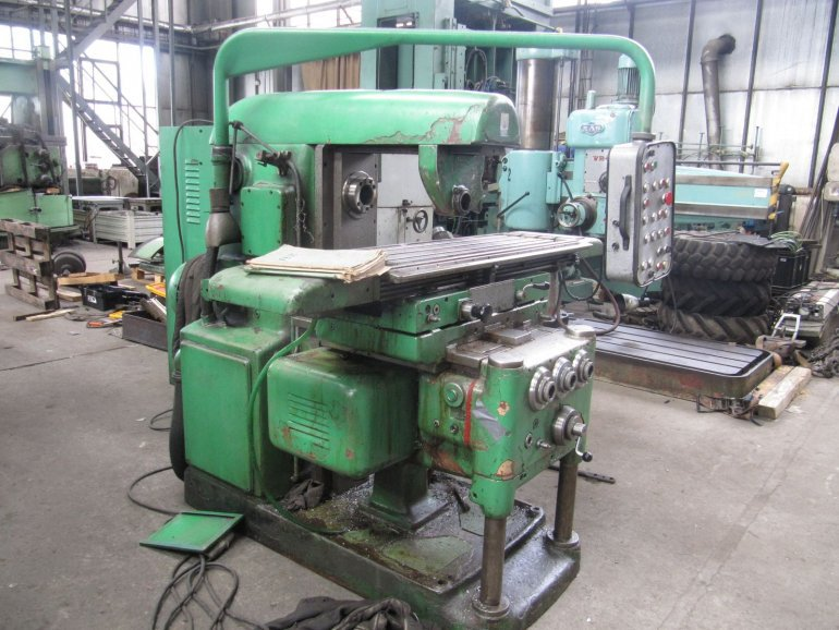 Milling machine FB 25U